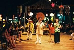 bai choi - traditional game in hoi an